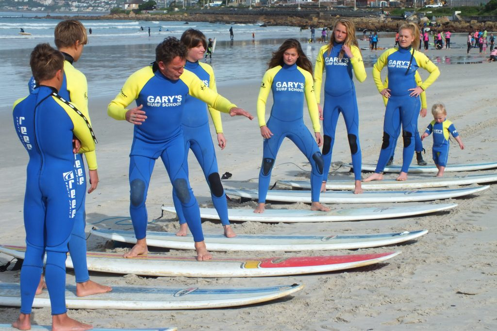 learn to surf - corporate team building