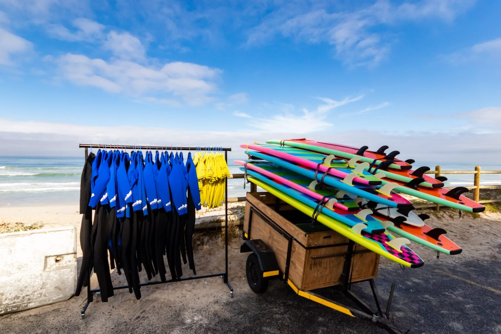 mobile wetsuit & surfboard rentals