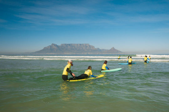learn to surf in Bigbay